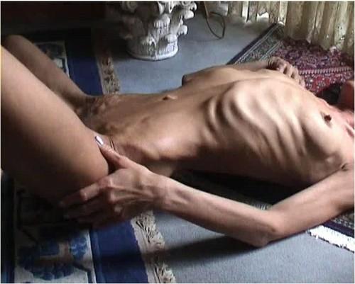 http://ist5-1.filesor.com/pimpandhost.com/9/6/8/3/96838/6/g/3/2/6g32K/Anorexia-b153_cover_m.jpg
