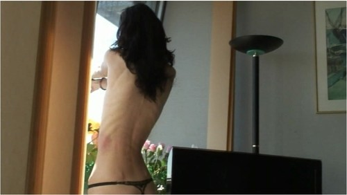http://ist5-1.filesor.com/pimpandhost.com/9/6/8/3/96838/6/g/3/H/6g3HJ/Anorexia-b161_cover_m.jpg