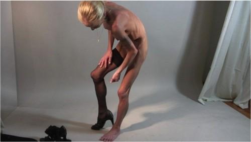 http://ist5-1.filesor.com/pimpandhost.com/9/6/8/3/96838/6/g/4/E/6g4Ee/Anorexia-b176_cover_m.jpg