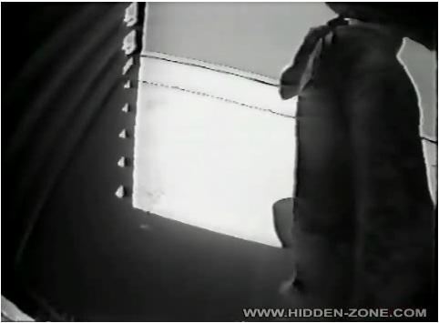 http://ist5-1.filesor.com/pimpandhost.com/9/6/8/3/96838/6/i/t/L/6itLD/Hidden-zoneBeach397_cover.jpg