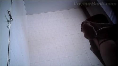 http://ist5-1.filesor.com/pimpandhost.com/9/6/8/3/96838/6/j/9/p/6j9ph/VoyeurBank0255_cover_m.jpg