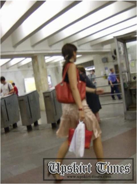 http://ist5-1.filesor.com/pimpandhost.com/9/6/8/3/96838/6/j/d/9/6jd9v/Upskirt-Times0569_cover.jpg