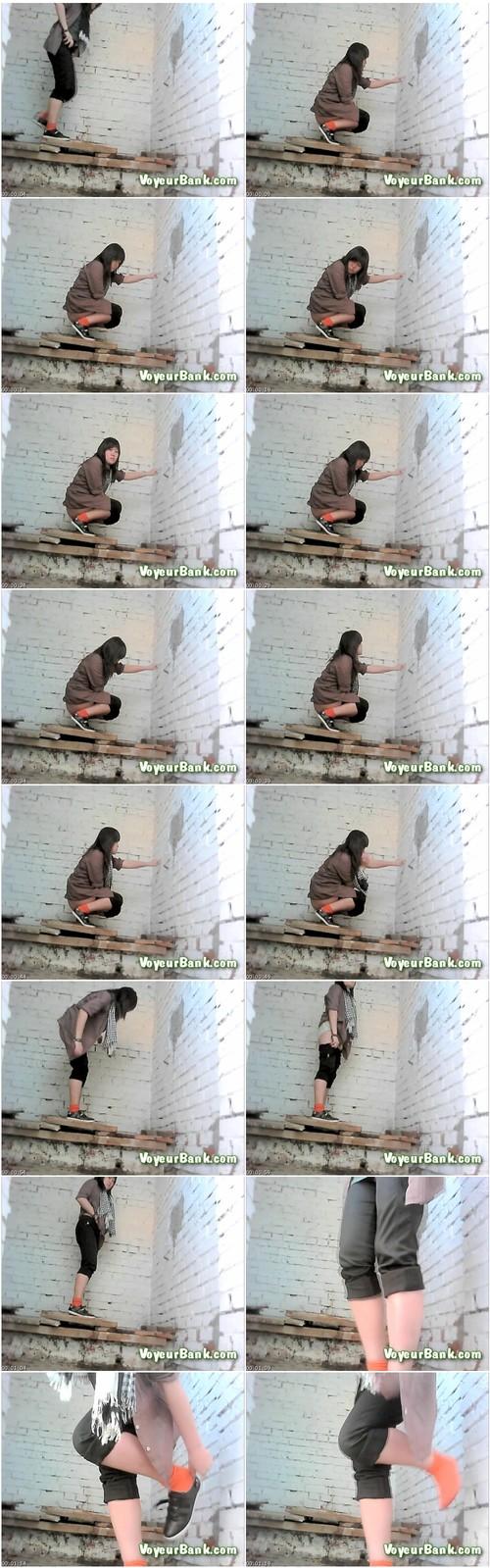 http://ist5-1.filesor.com/pimpandhost.com/9/6/8/3/96838/6/j/d/f/6jdfn/VoyeurBank0418_thumb_m.jpg