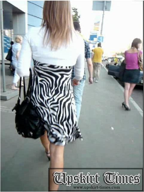 http://ist5-1.filesor.com/pimpandhost.com/9/6/8/3/96838/6/j/e/0/6je0z/Upskirt-Times0625_cover.jpg