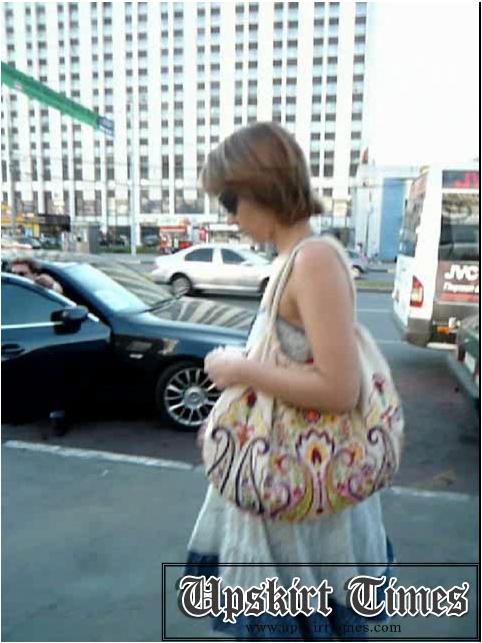 http://ist5-1.filesor.com/pimpandhost.com/9/6/8/3/96838/6/j/e/C/6jeCz/Upskirt-Times0677_cover.jpg