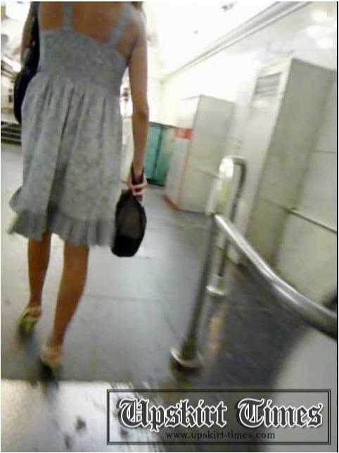 http://ist5-1.filesor.com/pimpandhost.com/9/6/8/3/96838/6/j/e/d/6jedA/Upskirt-Times0642_cover.jpg