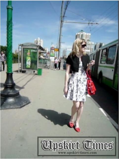 http://ist5-1.filesor.com/pimpandhost.com/9/6/8/3/96838/6/j/e/t/6jetZ/Upskirt-Times0667_cover.jpg
