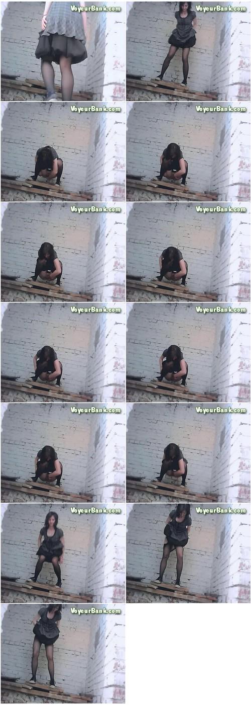 http://ist5-1.filesor.com/pimpandhost.com/9/6/8/3/96838/6/j/h/e/6jheF/VoyeurBank0574_thumb_m.jpg