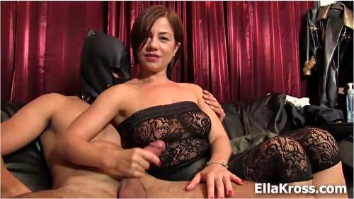 http://ist5-1.filesor.com/pimpandhost.com/9/6/8/3/96838/6/j/j/u/6jjui/EllaKross215_cover_m.jpg