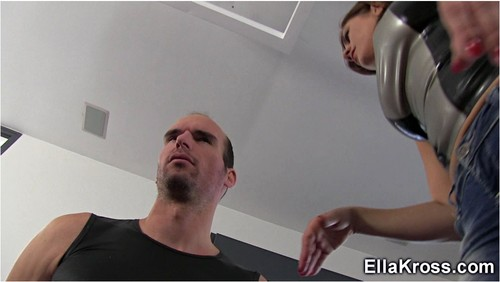 http://ist5-1.filesor.com/pimpandhost.com/9/6/8/3/96838/6/j/v/D/6jvDd/EllaKross329_cover_m.jpg