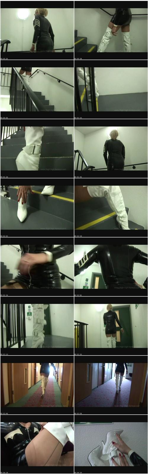 http://ist5-1.filesor.com/pimpandhost.com/9/6/8/3/96838/6/k/e/B/6keBO/ThighHighHoneys194_thumb_m.jpg