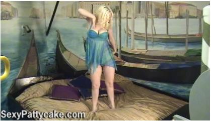 http://ist5-1.filesor.com/pimpandhost.com/9/6/8/3/96838/6/o/D/n/6oDnG/SexyPattycake-k165_cover.jpg