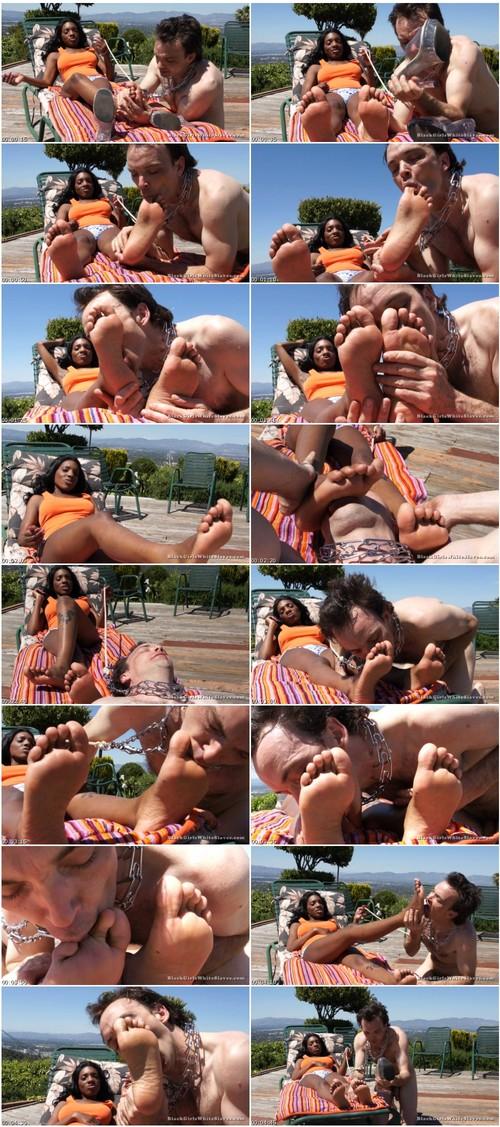 http://ist5-1.filesor.com/pimpandhost.com/9/6/8/3/96838/6/o/t/8/6ot8w/BlackGirlsWhiteSlaves-k028_thumb_m.jpg