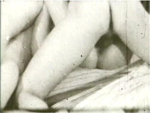 http://ist5-1.filesor.com/pimpandhost.com/9/6/8/3/96838/6/p/7/U/6p7Uh/VintageCuties-h070_cover_m.jpg