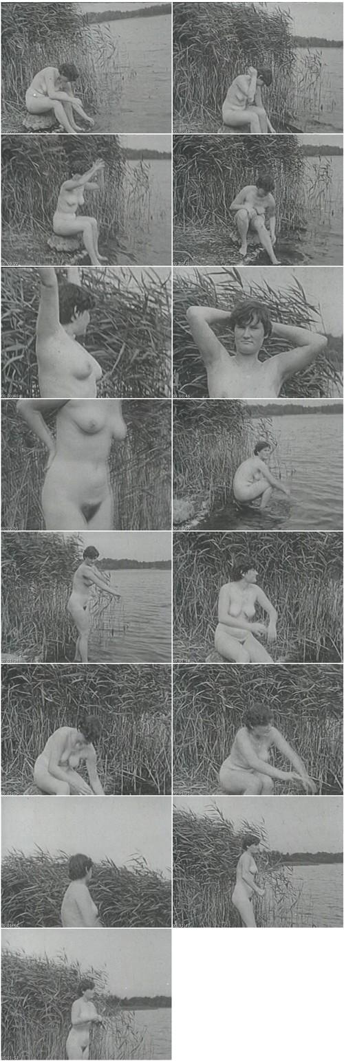 http://ist5-1.filesor.com/pimpandhost.com/9/6/8/3/96838/6/p/9/G/6p9Gw/VintageCuties-h124_thumb_m.jpg