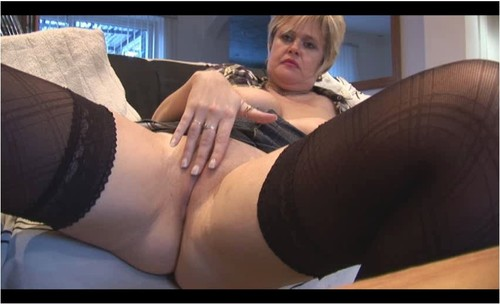http://ist5-1.filesor.com/pimpandhost.com/9/6/8/3/96838/6/q/D/y/6qDyp/Mature-Erotic-v066_cover_m.jpg