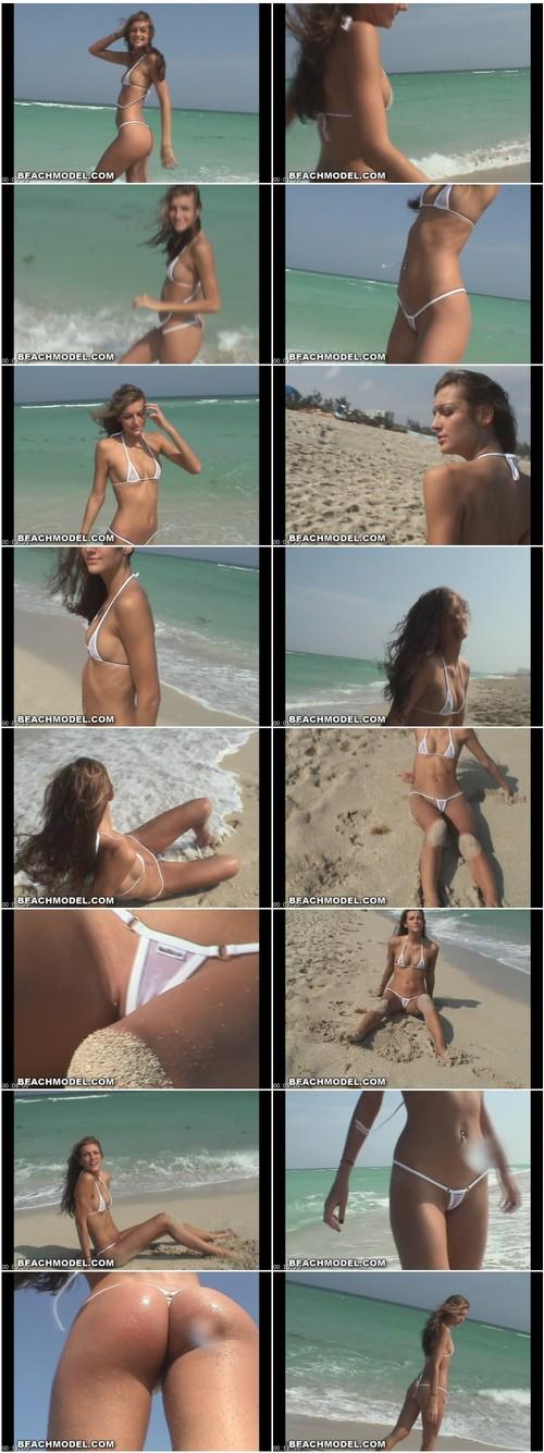 [Image: Bikini212_thumb_m.jpg]