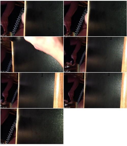 UpskirtVZ144_thumb_m.jpg