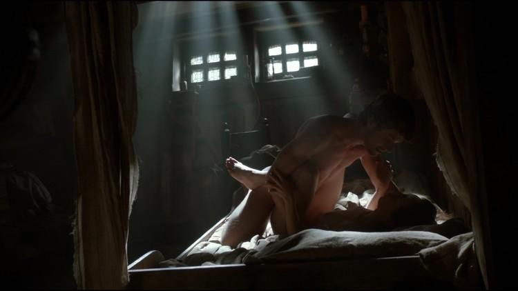 Sex scene uncut