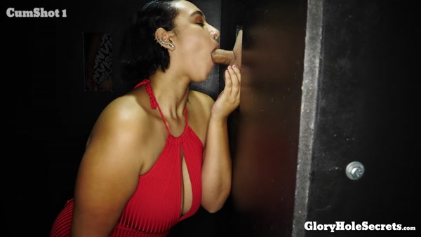 Emori Pleezer First Glory Hole 18.11.30 1080p