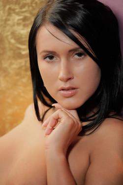 [Image: Angie_-_2012.10.14_-_Seductive_Raven__40..._027_s.jpg]