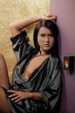 [Image: Angie_-_2012.10.14_-_Seductive_Raven__40..._004_s.jpg]