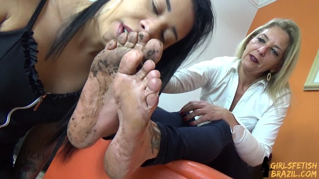 Mom Daughter Feet Worship