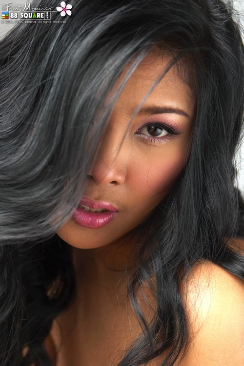 Half black half arab, blonde girl squirts while fucking