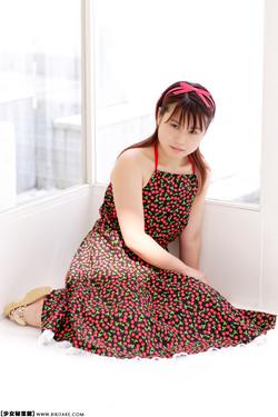 [Image: tomimako020_s.jpg]