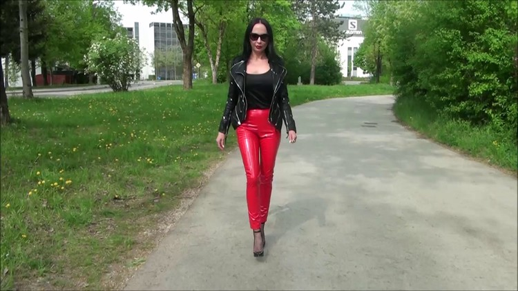 FetClip216.mp4.0019,