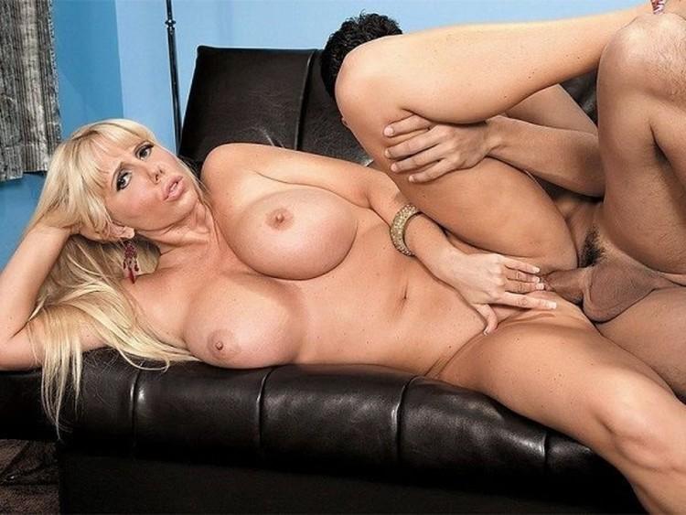 Красивая порно дома фото карен фишер онлайн просит трахать