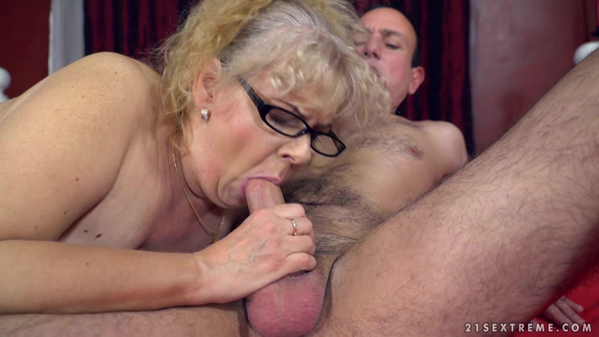 Grandma sex clips eat my dick