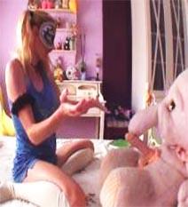 Toy Sextory I: El Día En Que A Elsa Sus Peluches Le Devolvieron Los Orgasmos