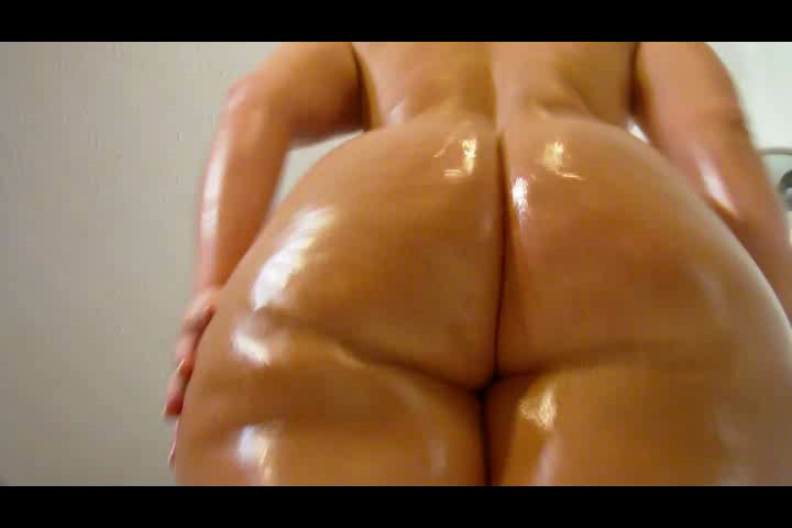 honeys-buns-ass-shaking-video