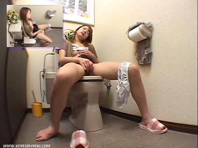 даме долго скрытые камеры мастурбация в туалетах марину этот