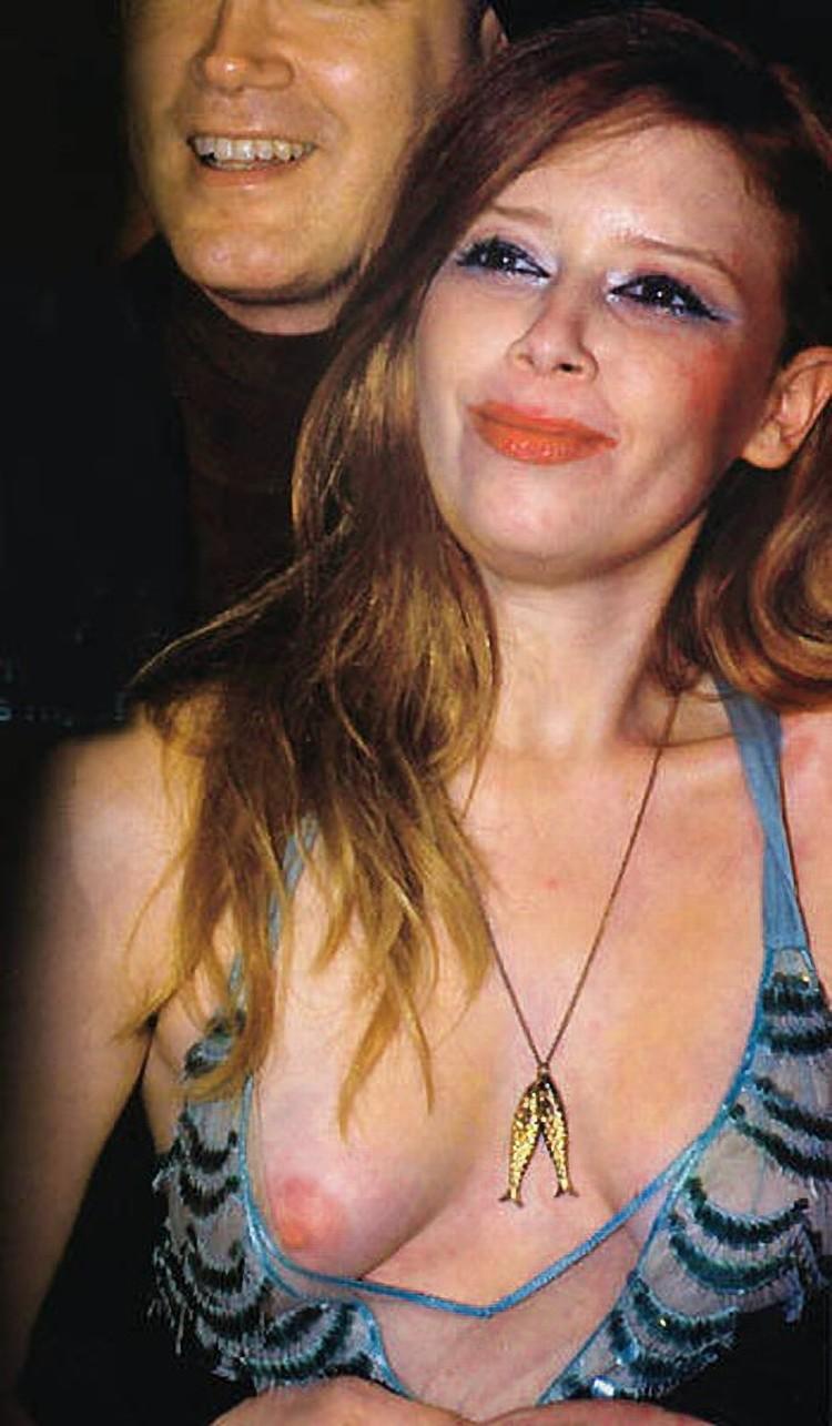 Natasha Lyonne Nude Pics