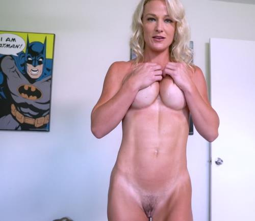 Sydney Hail - My Horny Mom p1 (FullHD)