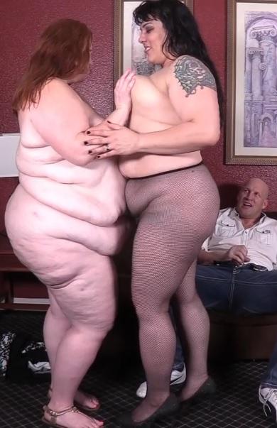 Double Julie sexbomb!