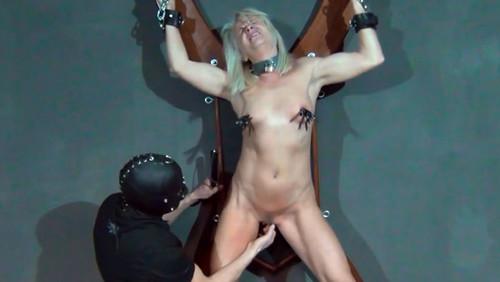 Slave%20Inez_m.jpg