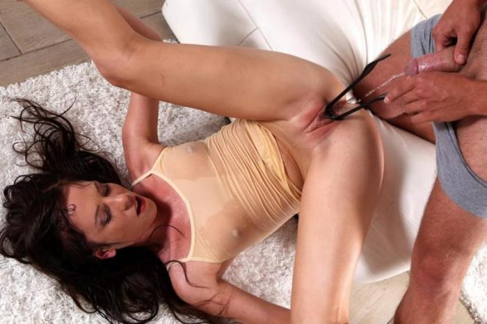 Girls wetting porn videos, naked women in pantys