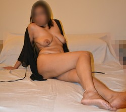 [Image: horny_slutty_hotwife_wearing_cuckoldress...t_13_s.jpg]