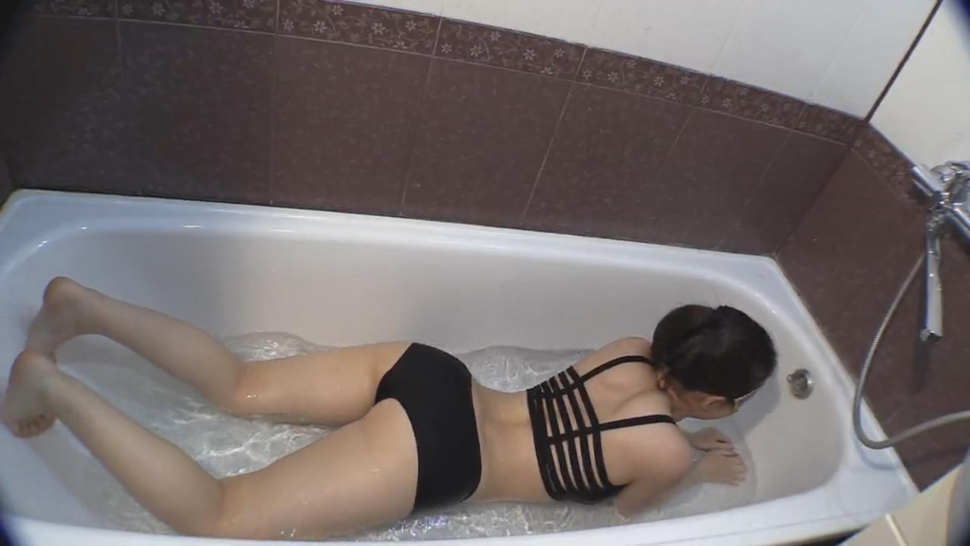 Mia19 - Princess Mia and toilet slave - Princess Mia Scat Smearing - Bathroom scat