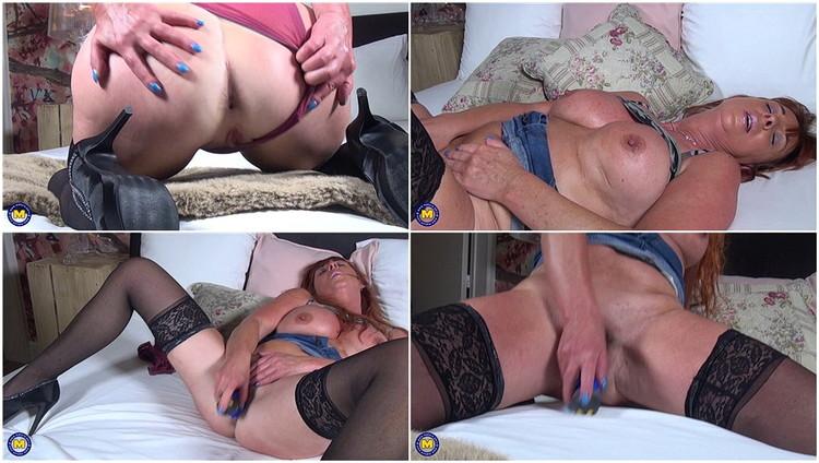 Mature women sexy video