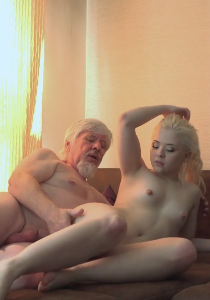 Old & Young – Anna Ray3