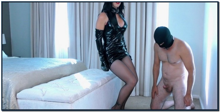 Young Goddess Kim Wicked Game Femdom