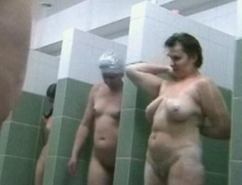 Shower bathroom 983