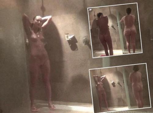 Shower bathroom 1735