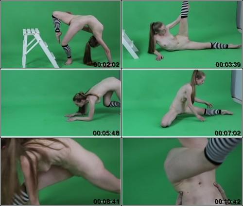 https://ist5-1.filesor.com/pimpandhost.com/6/3/6/1/63615/6/Q/8/q/6Q8qF/FlexyTeens_Naked-Gymnast_120._1_m.jpg