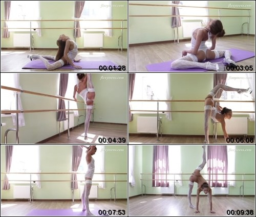 https://ist5-1.filesor.com/pimpandhost.com/6/3/6/1/63615/6/Q/8/z/6Q8zR/FlexyTeens_Naked-Gymnast_126._1_m.jpg