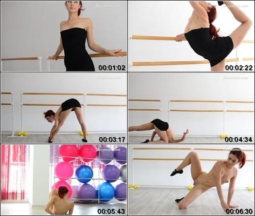 https://ist5-1.filesor.com/pimpandhost.com/6/3/6/1/63615/6/Q/G/E/6QGEe/FlexyTeens_Naked-Gymnast_452._1_m.jpg